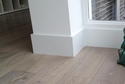 Plinten parket laminaat houten vloeren gekophout